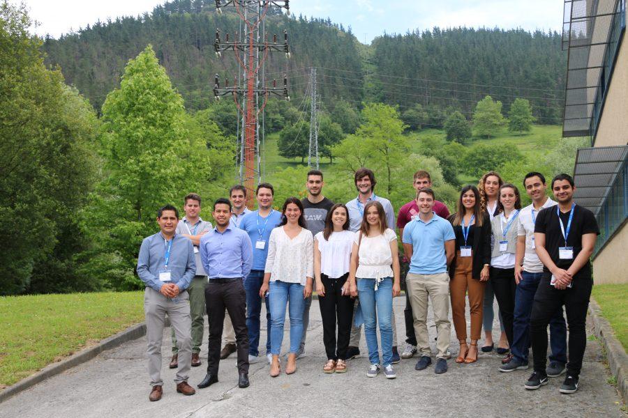 Jóvenes talentos de todo Velatia se reúnen durante el segundo grupo del programa ARCO