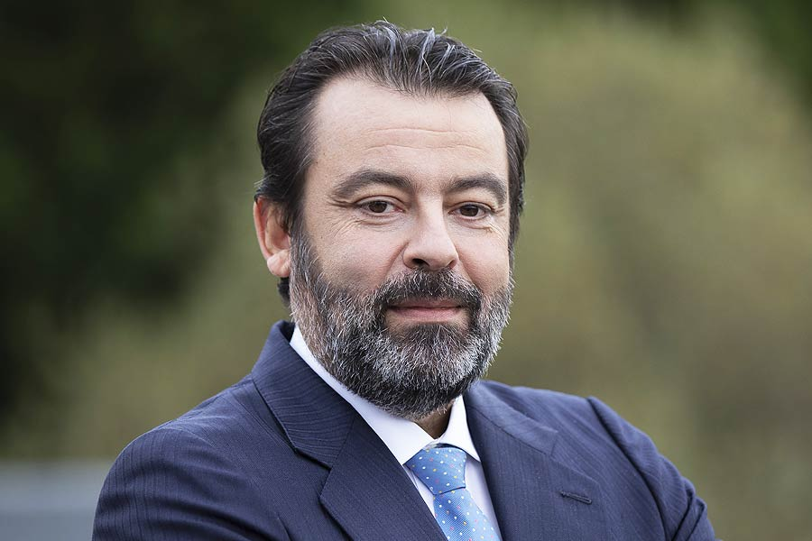 Velatia: Javier Ormazabal